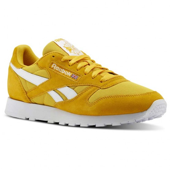 Reebok Classic Leather Shoes For Men Gold/White (105WFKCH)