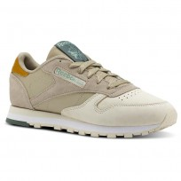 Reebok Classic Leather Shoes Womens Cb-Spr Neutral/Sandtrp/Wd Khaki/Wht/Chalk Grn (236WNTCO)