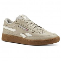 Reebok Revenge Plus Shoes Mens Trc-Parchment/Chalk/Gum (387SLMQK)