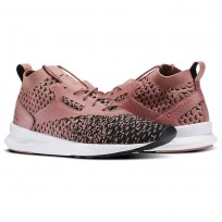 Reebok Zoku Runner Shoes Womens Black/Overtly Pink/White (517CJKDH)