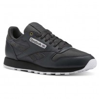 Reebok Classic Leather Shoes For Men White (619FCRHG)