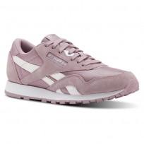Reebok Classic Nylon Shoes For Girls White/Silver (777FSBIT)