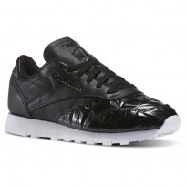 Reebok Classic Leather Shoes Womens Black/White (871EJHCR)
